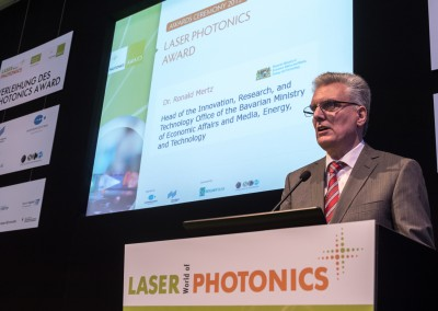 LASER World of PHOTONICS2015_tp3588