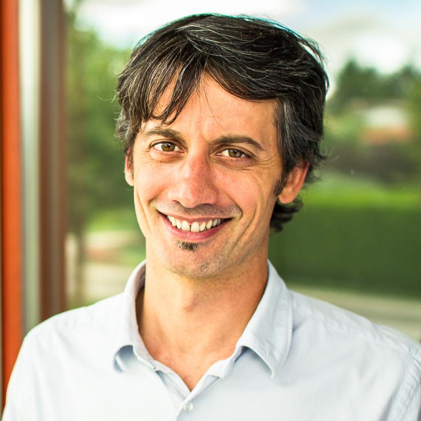 Sebastien, PhD in Physics